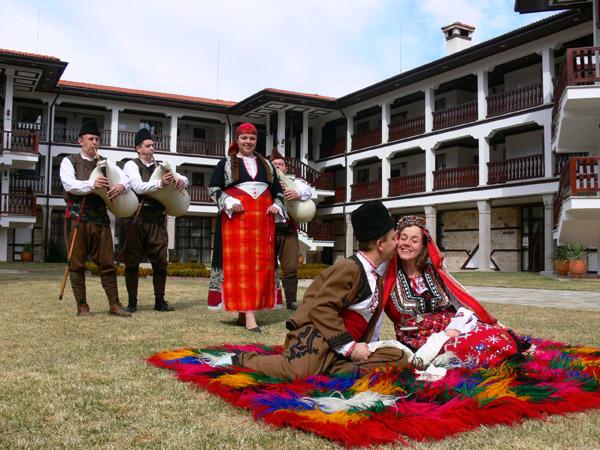 българските, родопските бит и култура, можем да реализираме и вашата сватба